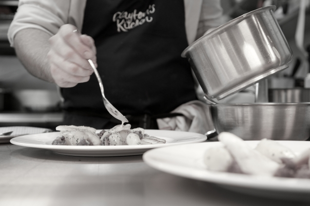 The Porter , Clayton's Kitchen